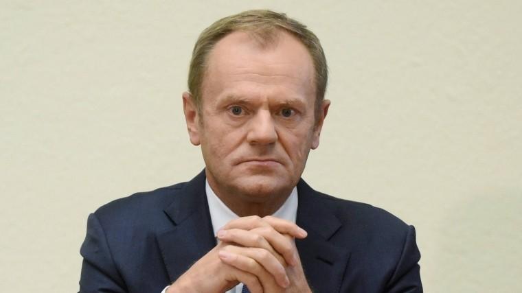 дональд туск осудил политиков флиртующих россией
