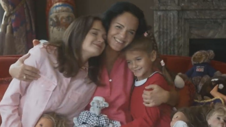 звезды российской эстрады поздравили матерей видео