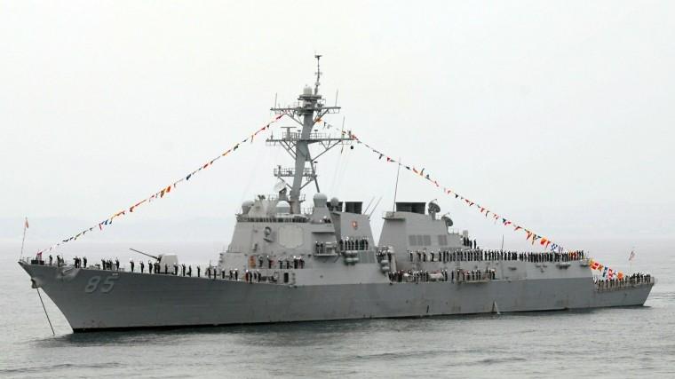 россиян впечатлил наглый проход эсминца сша российской базы