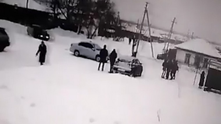 видео лихач сбил шестерых остановке алтайском крае