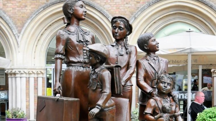 власти фрг выплатят компенсации детям эвакуированным нацистской германии