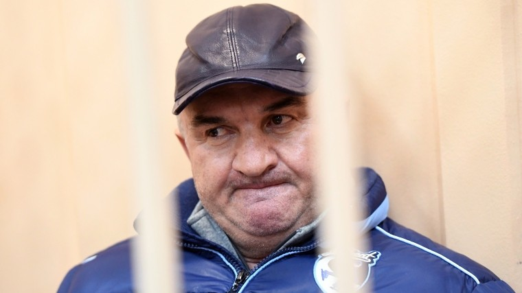 Видео: Суд признал законным арест отца сенатора Арашукова