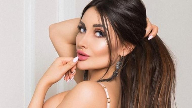 «Кусачая» модель Кира Майер извинилась запровокационное видео вполицейской форме