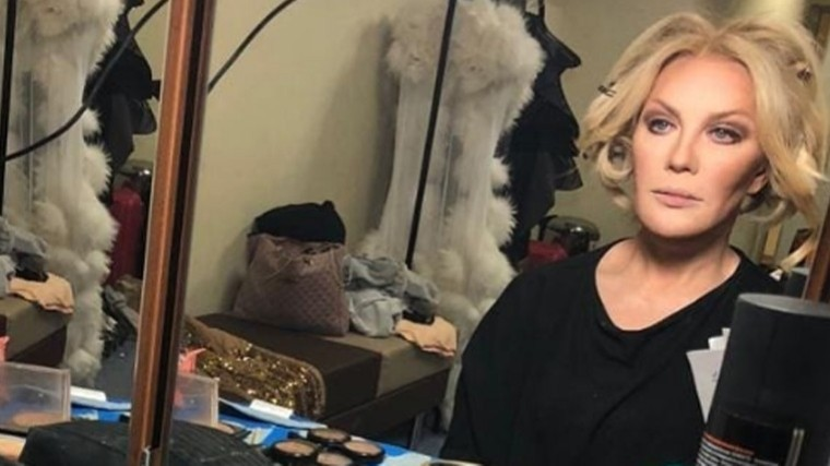 Видео: Поклонники ужаснулись, увидев лицо Таисии Повалий без макияжа