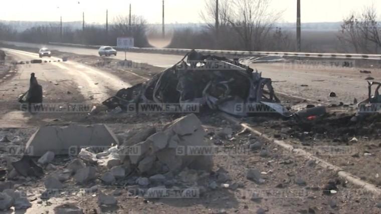 Число жертв при подрыве автомобиля вбуферной зоне вДонбассе возросло додвух