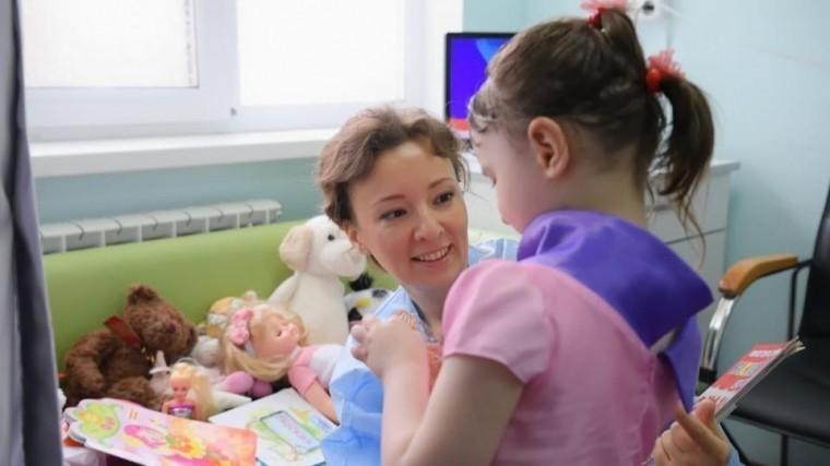 Московскую девочку-маугли может приютить родная тетя