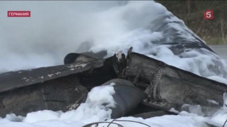 ошибка пилота германии расследуют причины крушения частного самолета