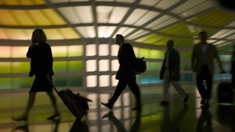 ВСША из-за непогоды отменены более 1000 авиарейсов