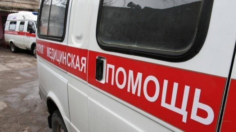 ВМоскве 10 человек пострадали при вылете автобуса сдороги