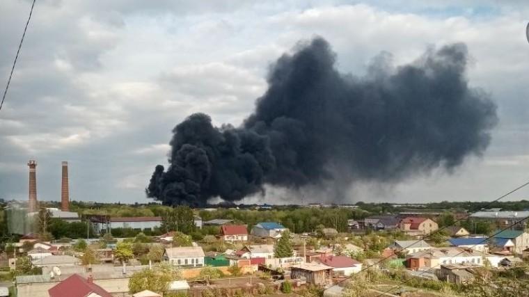 спасатели справились пожаром заводе пластиковых изделий магнитогорске