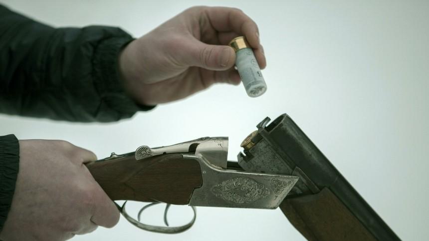 мертвецки пьяный житель приморья ревности выстрелил ружья любимую