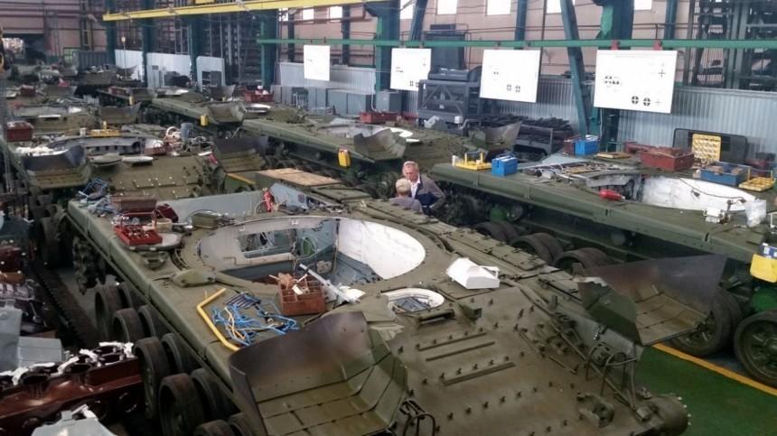 пьяный мужчина рухнул чан лаком бронетанковом заводе петербурге