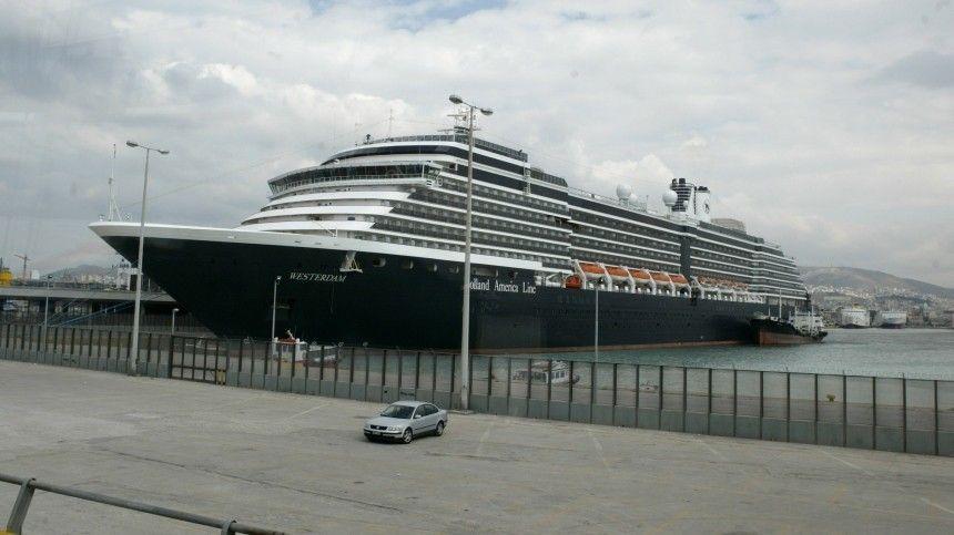 Конец заточения: пассажиры круизного лайнера Westerdam сходят наберег