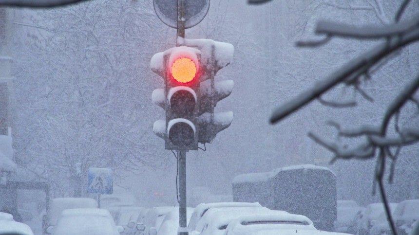 Гроза, метель, град исмерчи: непогода атаковала жителей Кубани