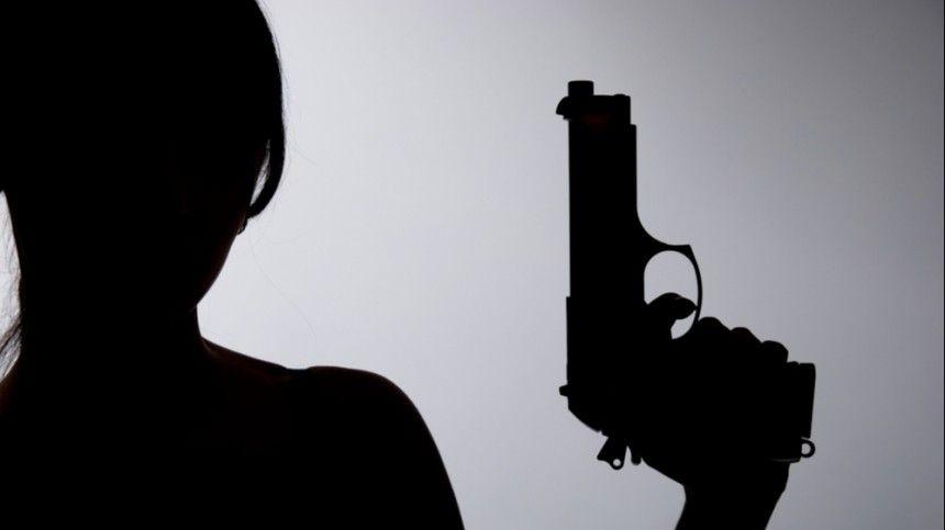 Виновата ревность? Москвичка застрелила возлюбленного исвела счеты сжизнью