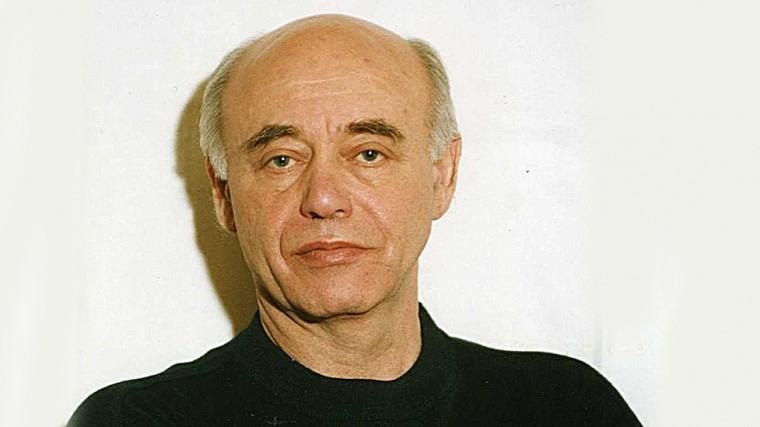 ВПетебурге скончался писатель-фантаст Михаил Ахманов