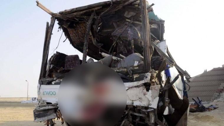 14 человек ранены врезультате взрыва вблизи туристического автобуса вЕгипте