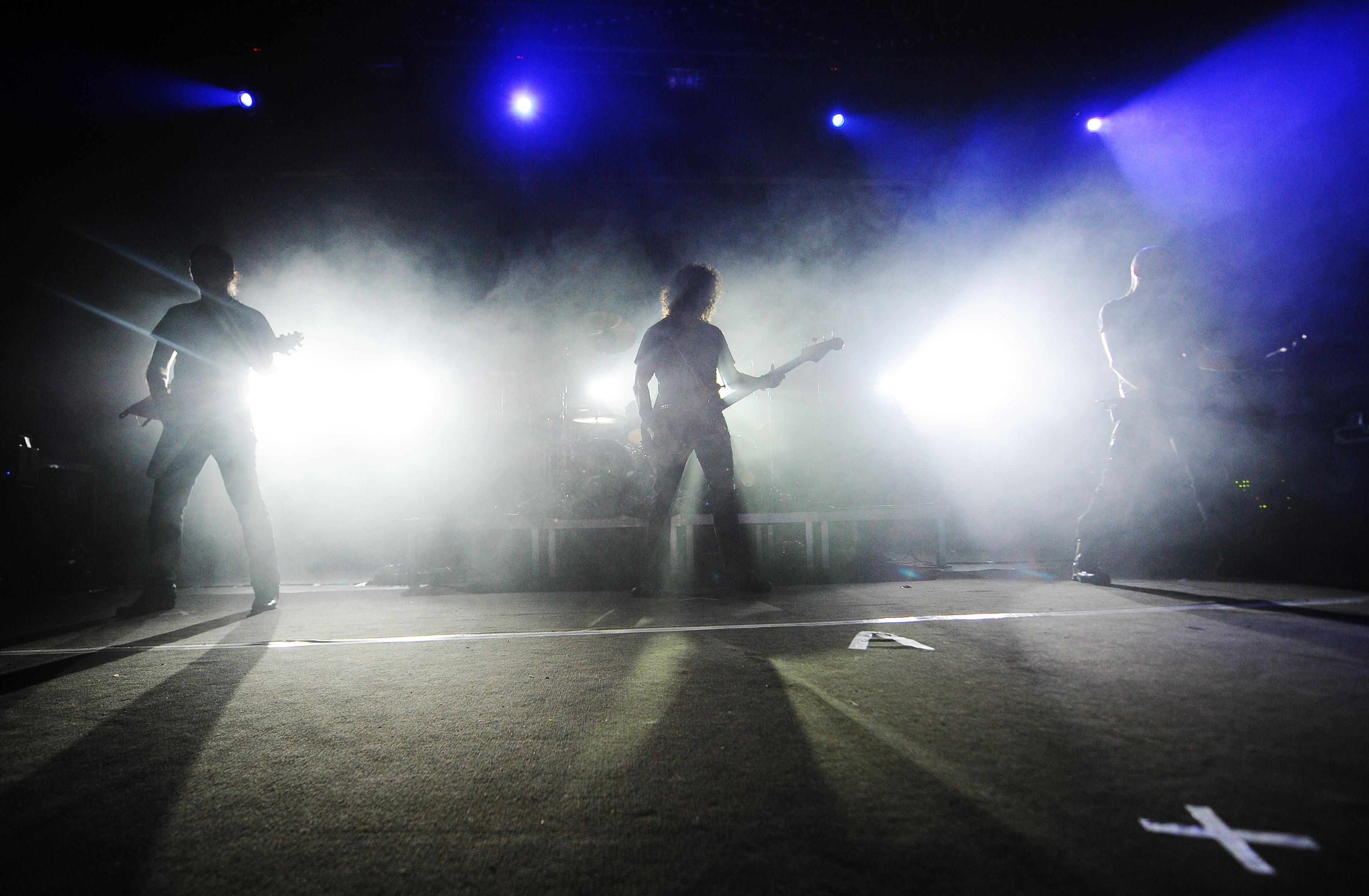 Скандинавы жгут! ВФинляндии прошел чемпионат повязанию под музыку хэви-метал
