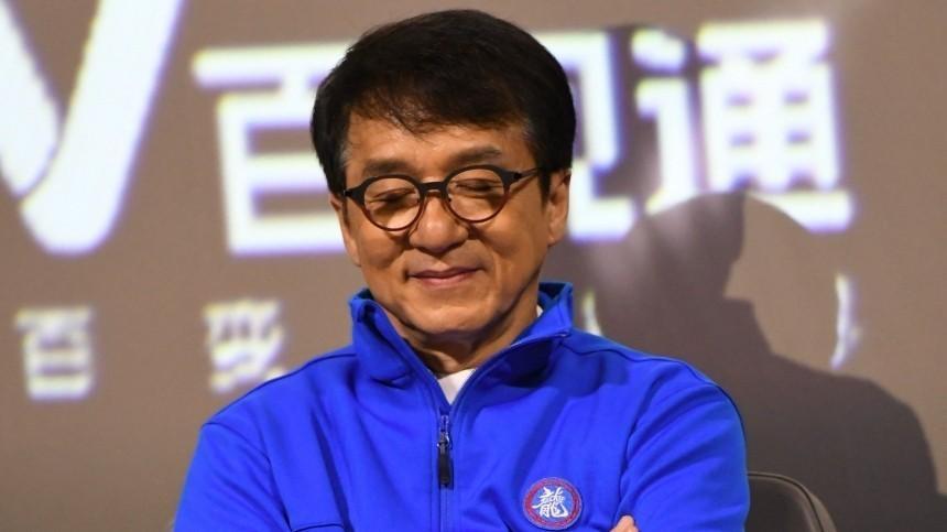 Джеки Чан отменил свой визит в Россию