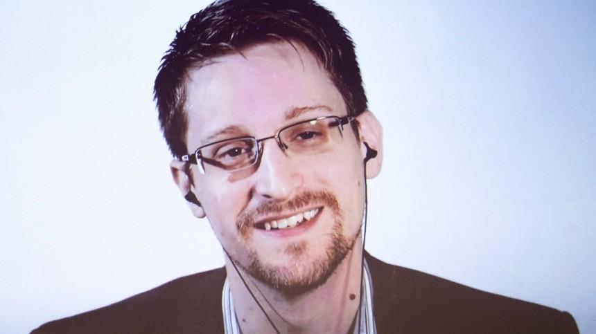 СМИ: Сноуден в своей новой книге рассказал о работе спецслужб США