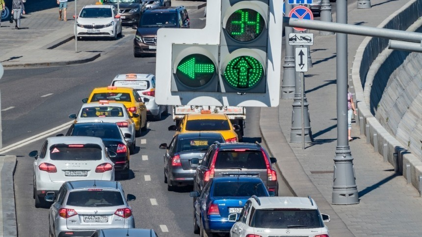 ВРоссии снизили налог нароскошные автомобили