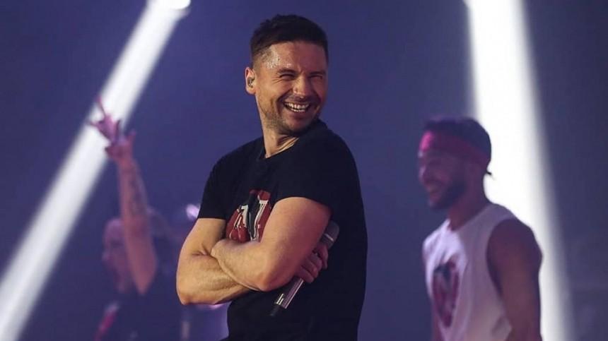 Фанаты неувидели Сергея Лазарева насцене вЯНАО
