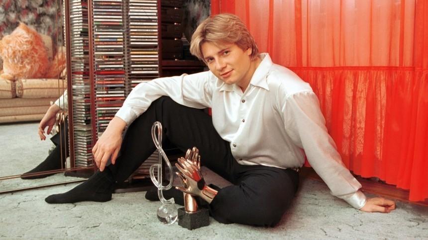 Николай Басков у себя дома, 2000 год