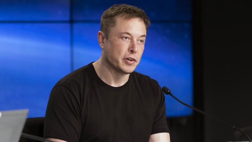 Илон Маск на пресс-конференции после успешного старта Falcon 9 SpaceX