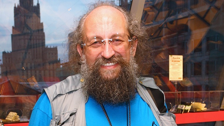 Анатолий Вассерман предпочитает нон-фикшн.