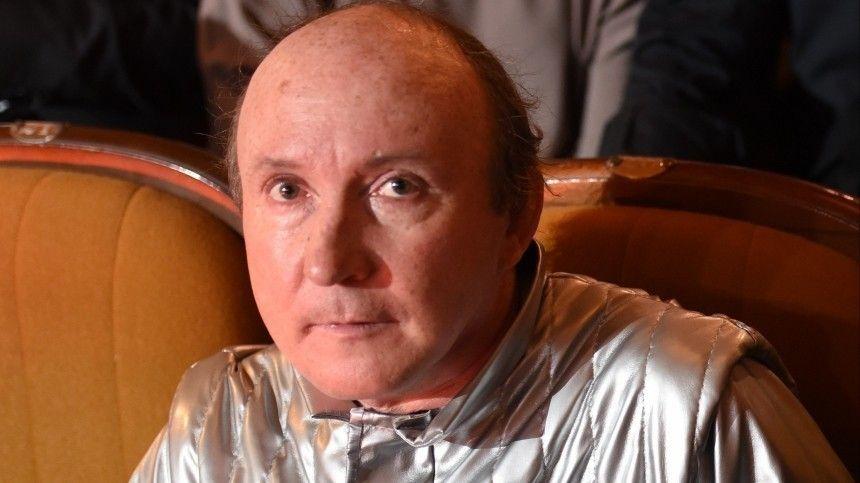 Он умирал от СПИДа : режиссер Эркенов раскрыл тайну смерти актера…