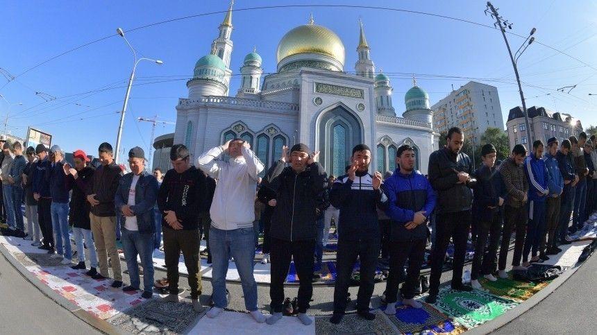 Владимир Путин поздравил российских мусульман спраздником Курбан-байрам
