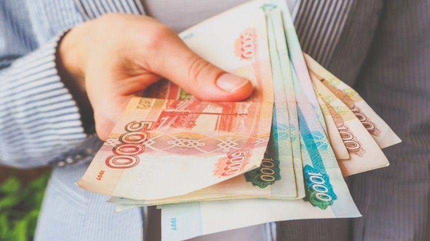Кабмин сохранил повышенное пособие по безработице до конца 2021 года
