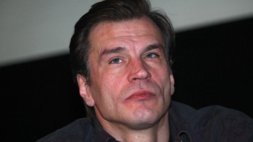 Умер звезда фильма «Московская любовь» Денис Карасев