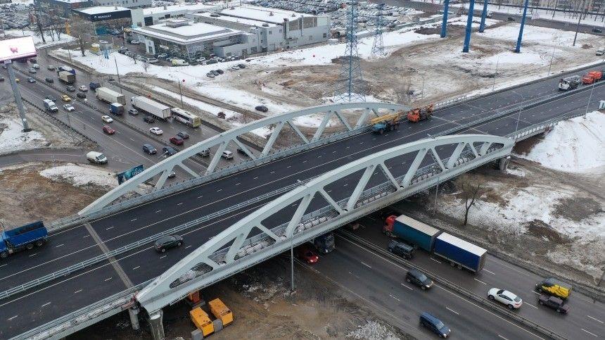 Связующая нить: Путин открыл транспортную развязку вподмосковных Химках