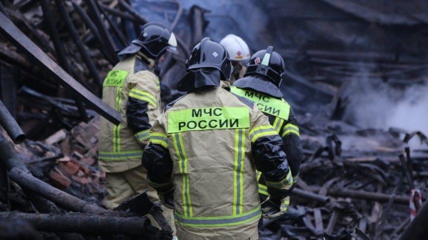 Инспекторов ДПС из ЯНАО наградят за спасение людей во время пожара  видео