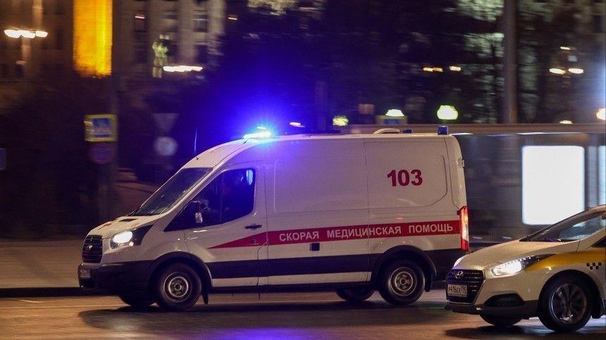 Пьяный водитель сбил двух москвичек на пешеходном переходе  шокирующие кадры (18)