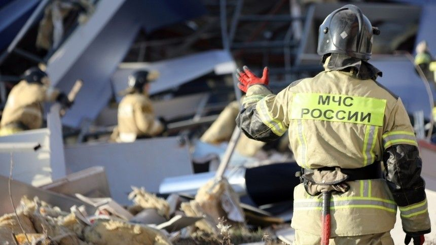 Как выглядел разрушенный взрывом до основания трехэтажный ТЦ во…