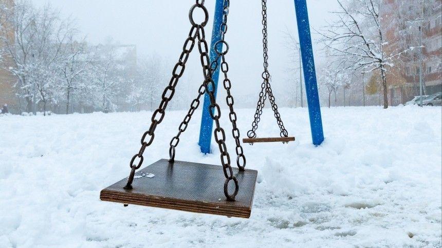 В Петербурге десятилетняя девочка погибла при загадочных…
