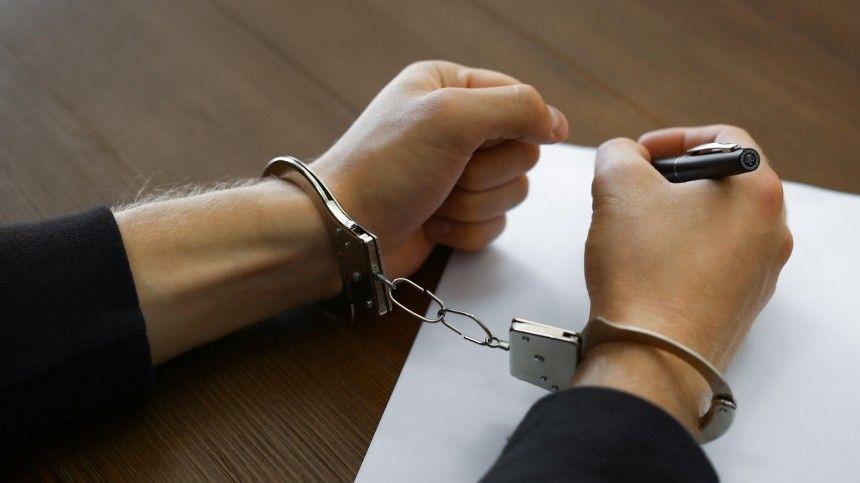 Сотрудника аппарата главы Хакасии отправили под стражу по делу о крупной…