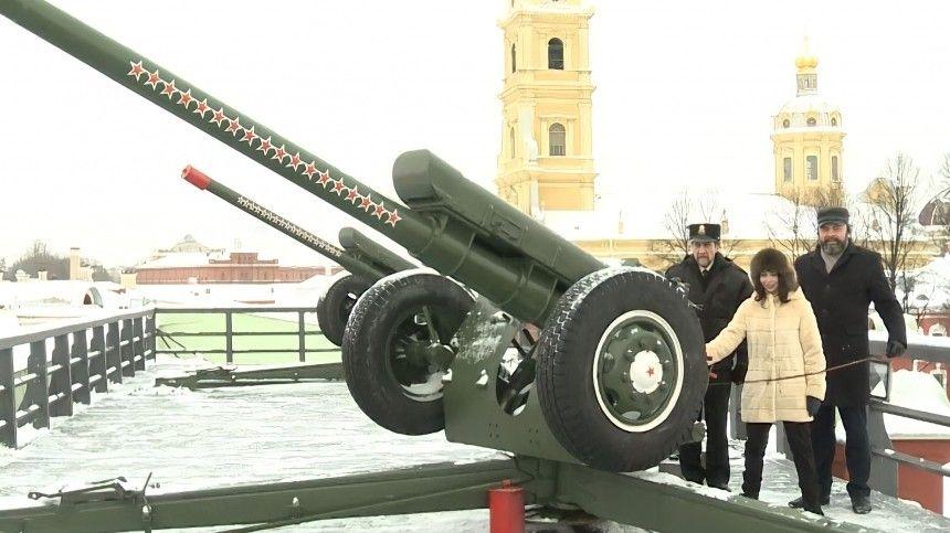 Туктамышева произвела полуденный выстрел с Петропавловской…