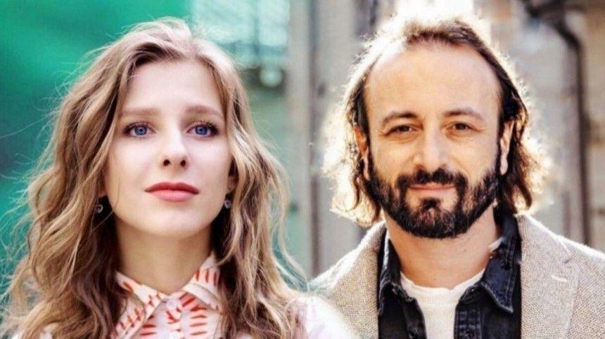Всем любви : Арзамасова и Авербух поделились трогательным фото из…