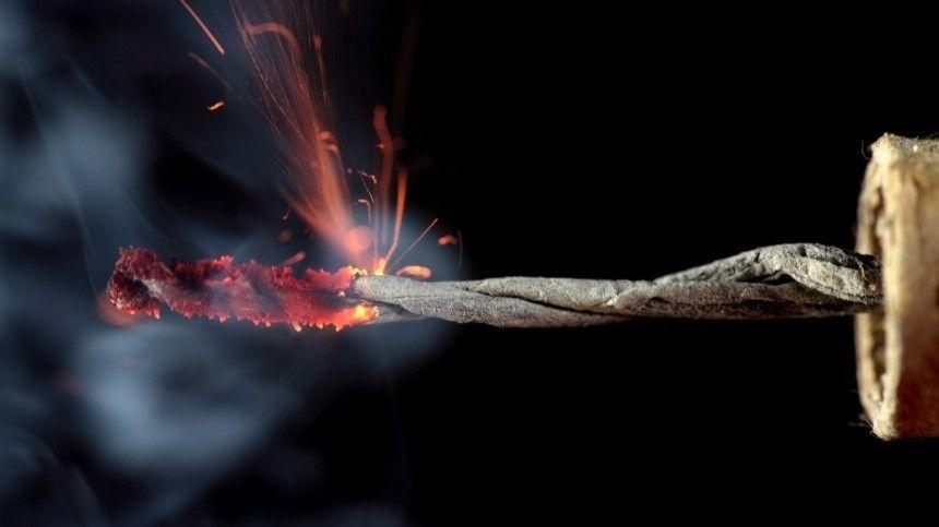 Видео: Неизвестные взорвали петарду у Памятника жертвам политических…