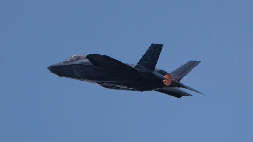 В США заявили о серьезных проблемах с двигателями истребителей F-…