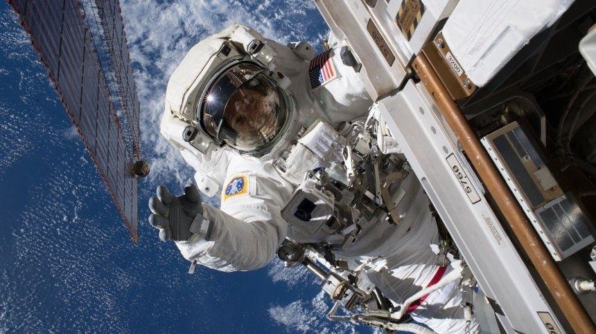 SpaceX вывела на орбиту очередную партию спутников…