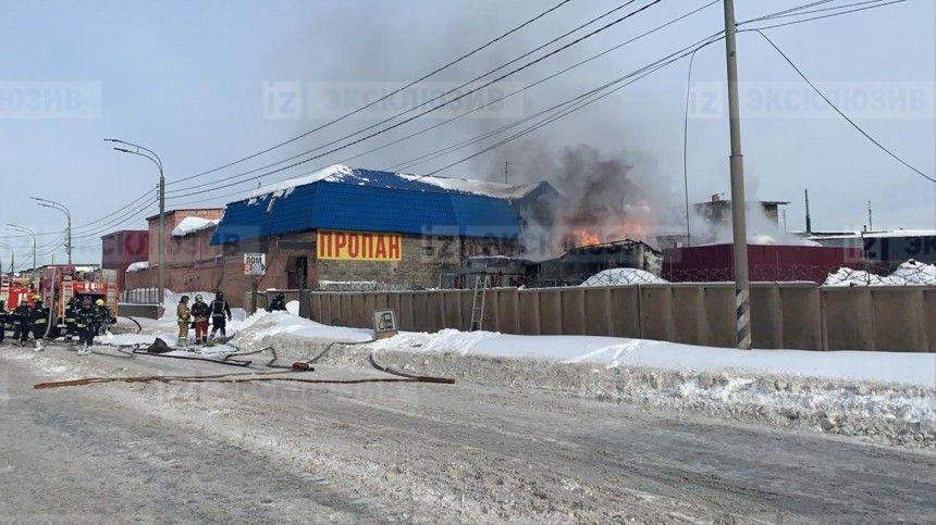 Момент взрыва резервуаров с топливом в Новой Москве попал на…