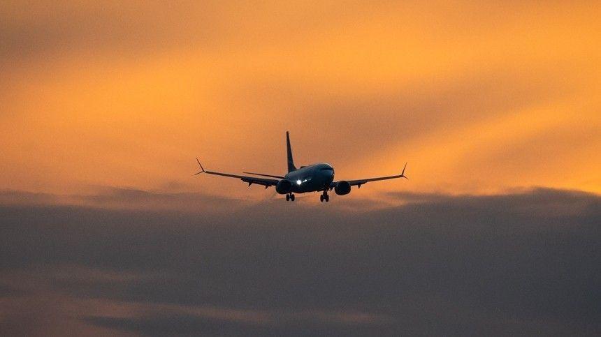 Пассажирский Boeing   едва не врезался в ВПП в московском  Шереметьево…