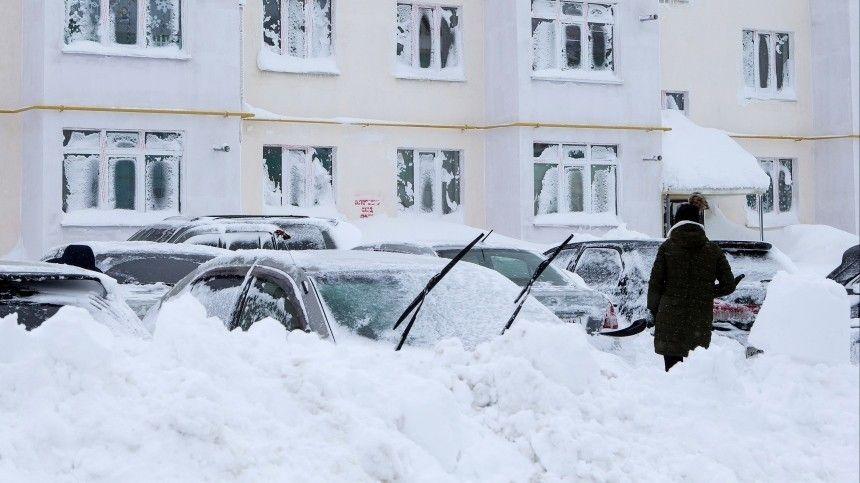 Сахалин превратился в огромный сугроб  репортаж из эпицентра снежной…