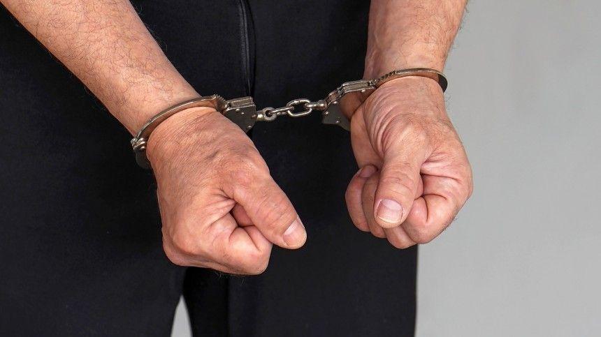 Задержан пенсионер, подозреваемый в групповом изнасиловании  -летней…