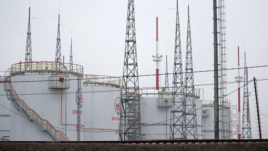 Москва и Минск согласовали экспорт белорусских нефтепродуктов через порты…