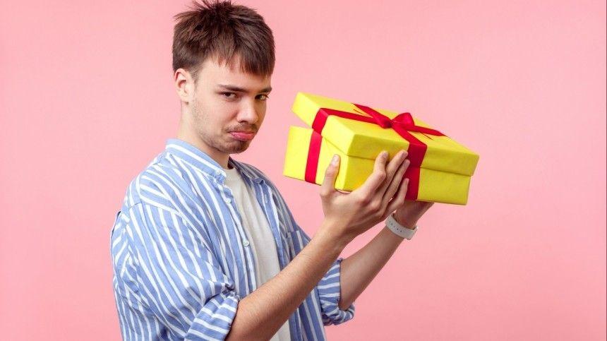 Какие подарки на февраля обрадуют мужчин, а какие могут…